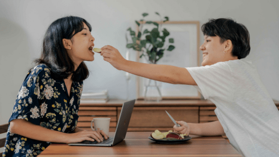 online couple on a date