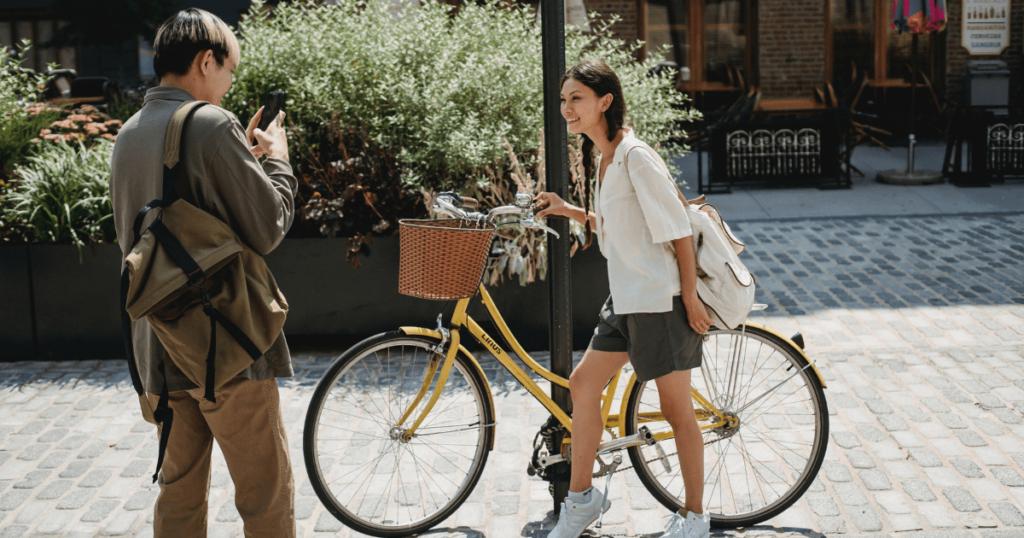 expat dating in shanghai biking couple